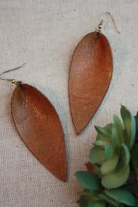 leather leaf earrings diy