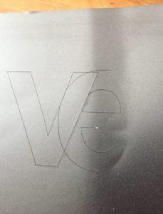 silhouette cut overlaps